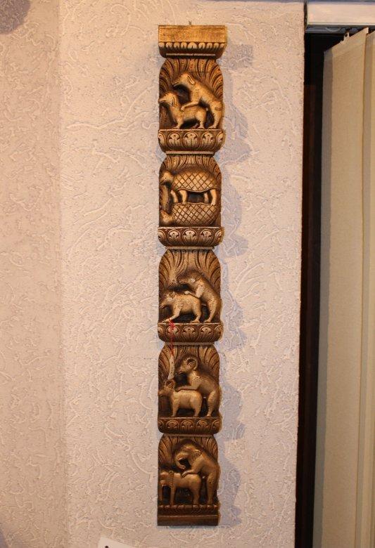 Holzfries Tiere Hunde Schildkröten Schweine Ziegen Steinböcke Elefanten