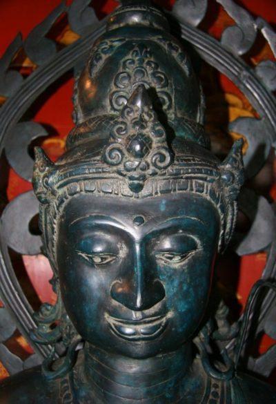 Bodhisattva aus Bronze. Onlineshop asian-garden.de