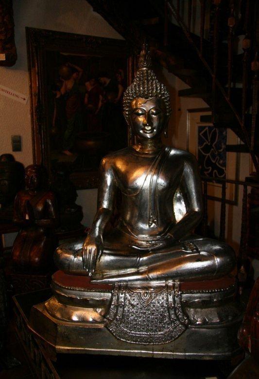 Thai Buddha aus Bronze