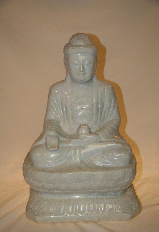 Japanischer Buddha aus Marmor