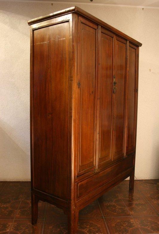 chinesischer hochzeitsschrank antik zu kaufen auf asian. Black Bedroom Furniture Sets. Home Design Ideas