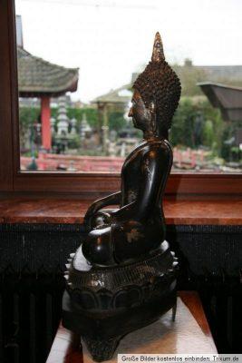 Thailändischer Buddha Bronze Figur. Onlineshop asian-garden.de