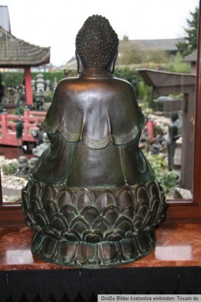 Bronze Thai Buddha. Onlineshop asian-garden.de