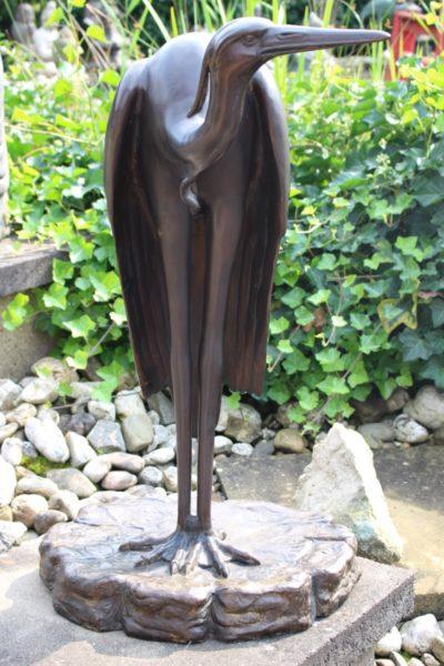 Kranich aus Bronze, Maße: 71 x 45 x 34 cm
