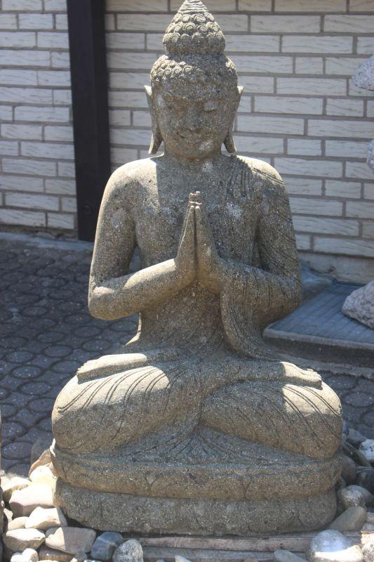 Buddha Amitaba aus Vulkanstein. Größe: 105 x 60 x 45 cm