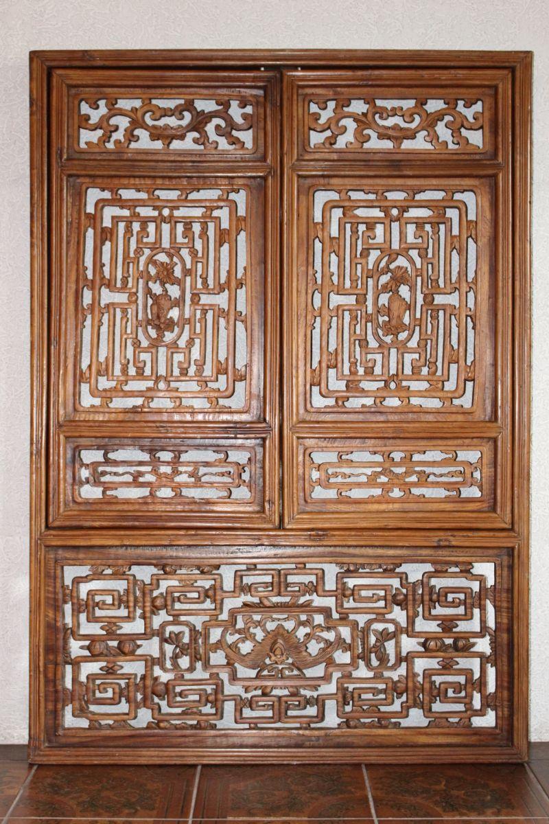 Antikes chinesisches Fenster, 80 Jahre alt. Größe: 140 x 98,5 cm