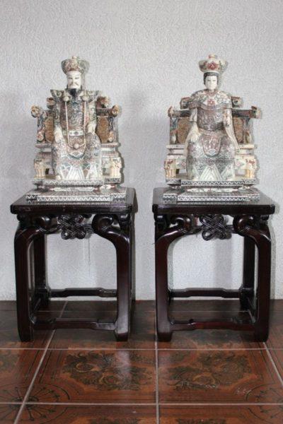 Kaiserpaar aus Haifischknochen, 43 x 31 x 25 cm
