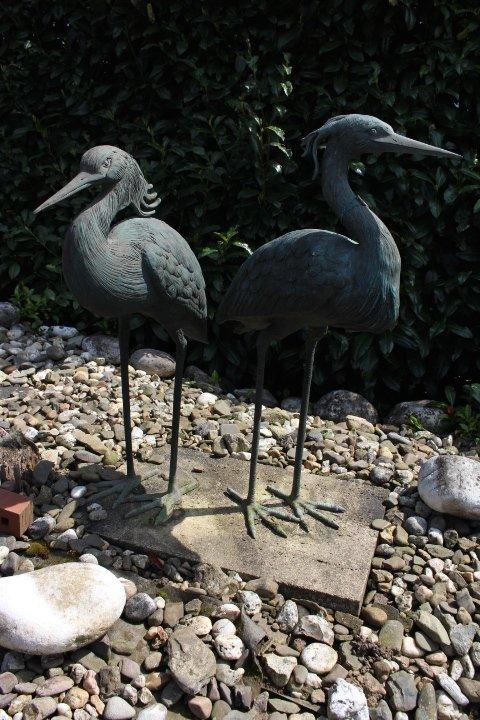 Schopfreiher als Paar. Größe: 78 / 72 cm.