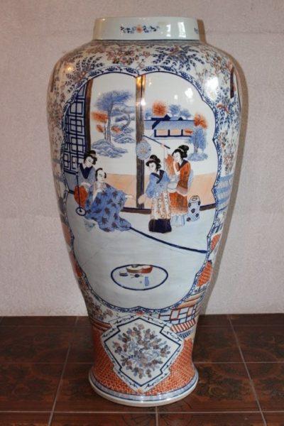 Limari Vase aus Japan, 118 x 60 cm