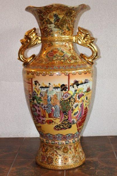 Vase aus China, 94 x 48 cm