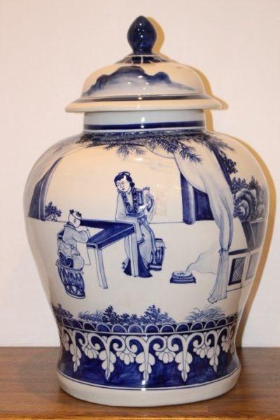 Chinesische Deckelvase, 52 x 35 cm