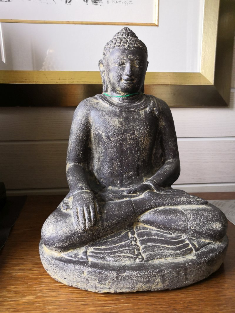 Stein Buddha, 30cm Maße: 23 x 18 x 30 cm Gewicht: 7 kg