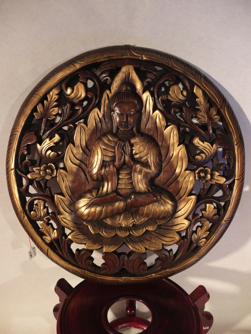 Holzrelief Buddha im Kreis, 61 cm