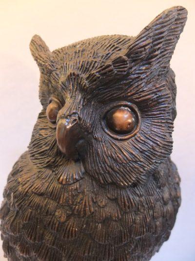 Bronze Eule 64 cm Material: Bronze Motiv: Eule auf Ast sitzend Maße: 64 x 20 cm