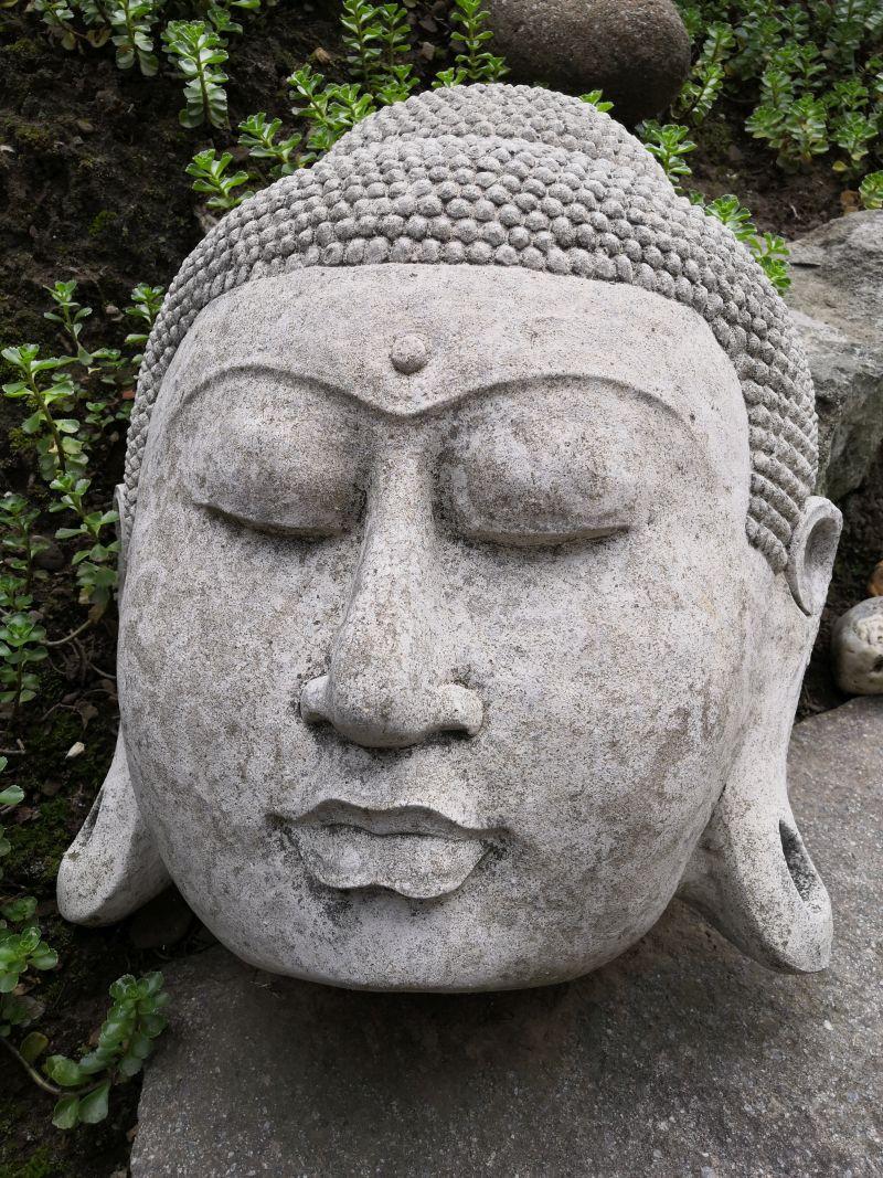 Buddha Gesicht aus Stein, 45 cm Material: Stein Maße: 45 x 38 cm Gewicht: 30kg