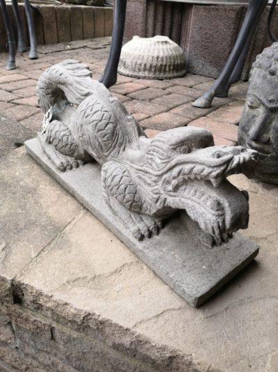 Drache aus Sandstein, 50 cm Material: Stein Maße: 50 x 15 x 15 cm Gewicht: 12 kg