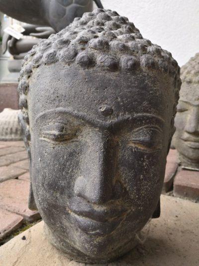 Buddha Kopf, 32 cm Material: Stein Maße: 32 x 20 x 18 cm Gewicht: 5 kg