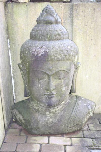 Buddha Kopf Flusstein Indonesien
