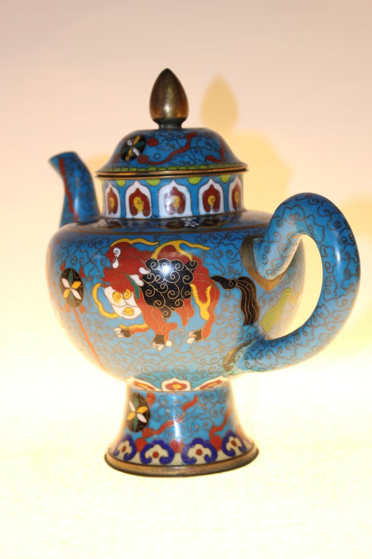 chinesische teekanne aus cloisonn 19cm zu kaufen auf asian. Black Bedroom Furniture Sets. Home Design Ideas