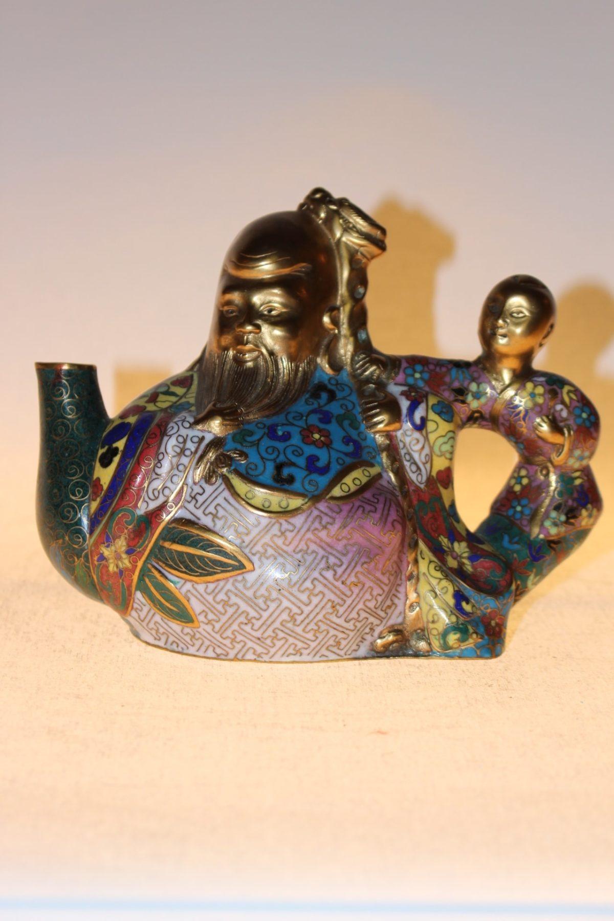 Chinesische Teekanne aus Cloisonné, ca. 75 Jahre alt, 13 x 17,5 x 10 cm