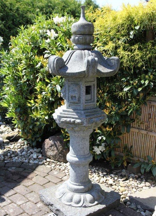 Japanische Steinlaterne Geisterhaus Granit 160 x 53 x 53 cm